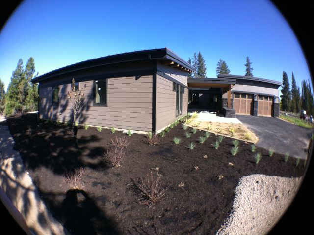 Tetherow NW Contemporary landscaping